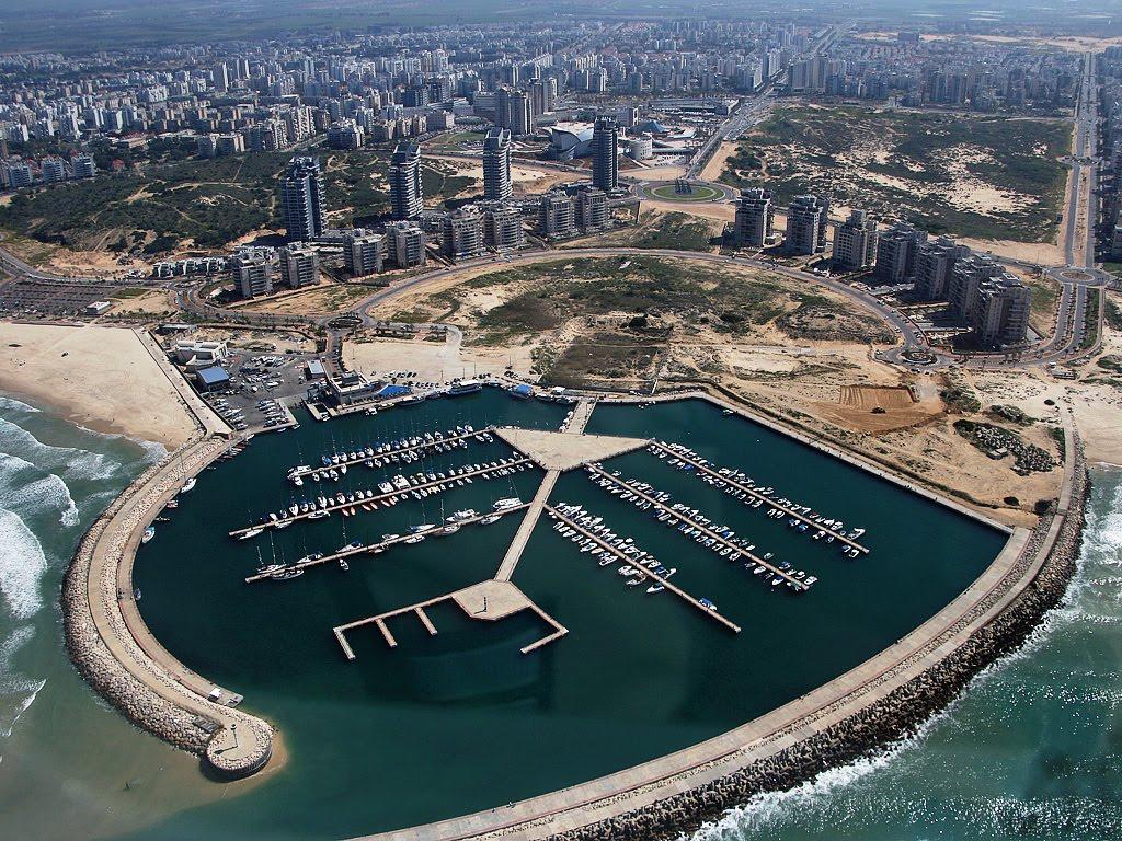 Ashdod Marina: Del Kibutz A La Ciudad: Historia De Un Nuevo Comienzo En